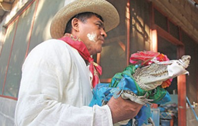 A wedding in Oaxaca with no ordinary bride (Photo: Hora Cero)
