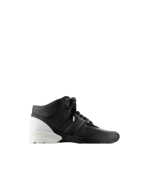 sneakers-sheet.png.fashionImg.veryhi