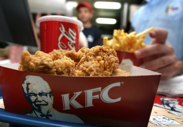 KFC's new virtual reality training seems like a straight up nightmare