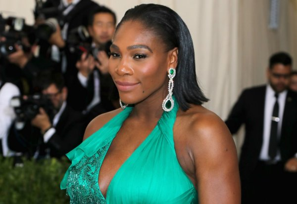 Serena Williams Welcomes Baby Girl With Fiance