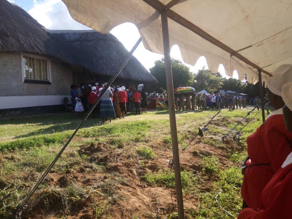 Zimbabwe buries Afro-jazz legend Oliver Mtukudzi