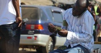 Zimbabwe Hyperinflation money changer dealer forex trader