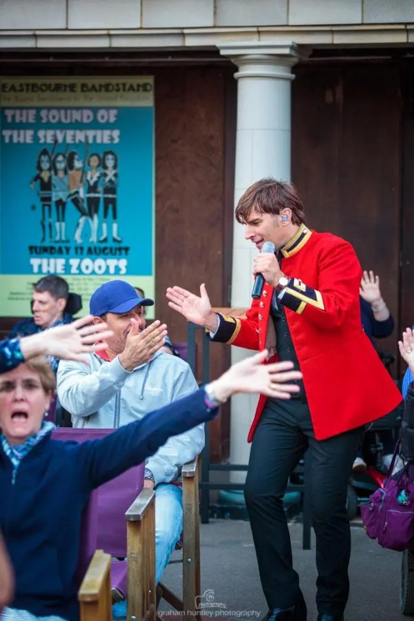 JAmie Goddard, sounds of the sixties show, 60s tribute, the zoots, band in wiltshire, 60s theatre show, eastbourne bandstand, eastbourne