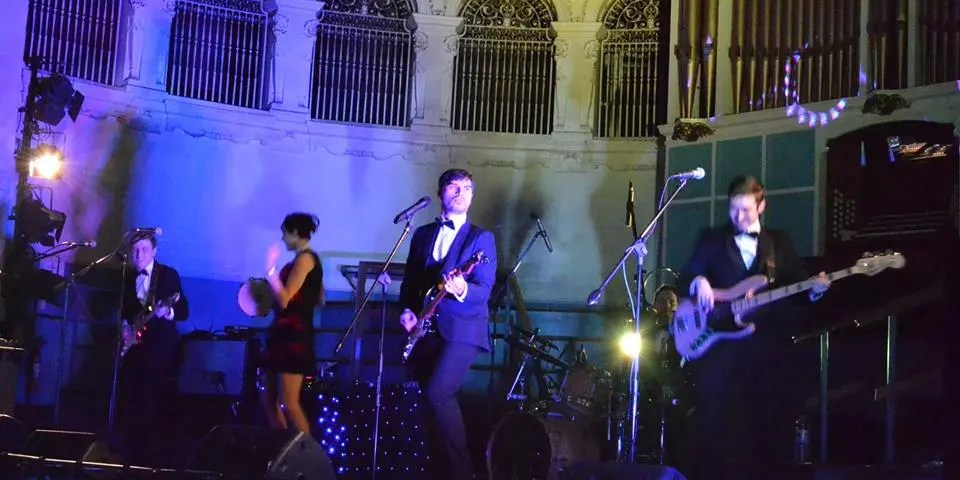 The Zoots performing at the Oxford Brookes university party ball