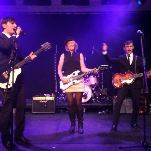 Jo on stage with the Zoots, 60s band, 60s band south west, 60s tribute band london, sixties tribute band, sixties band, sixties tribute hampshire, 60s tribute band Hants, 60's tribute band in hants, zoots 60s band, zoots sixties band, 60s tribute show, sixties tribute show, 60s tribute south, 60s tribute hampshire