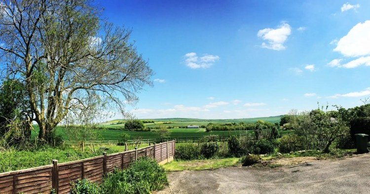 Zoots HQ, Band in Wiltshire, Wiltshire Band, Blue skies, View, Wiltshire View, Scenic