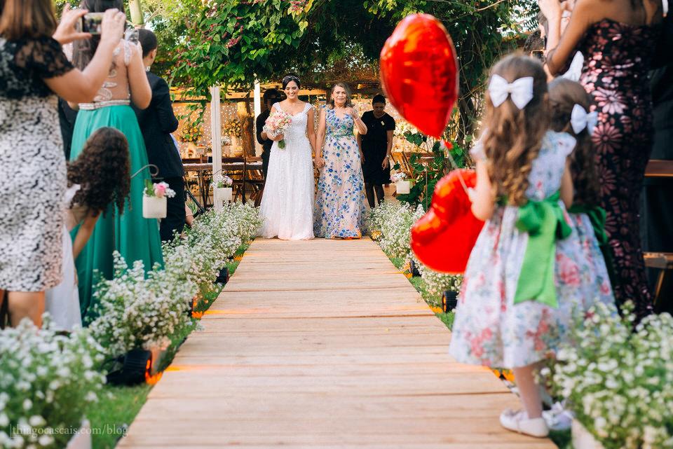 casamento-larissa-e-thiago-em-espaco-hibisco-buffet-27