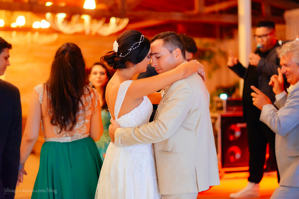 casamento-larissa-e-thiago-em-espaco-hibisco-buffet-47