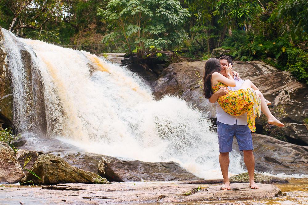 e-session-ensaio-de-casal-em-parque-das-cachoeiras-em-guaramiranga-10