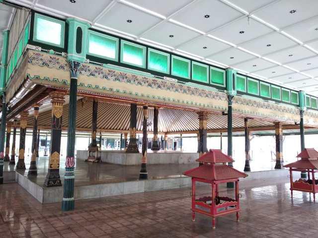Un pavillon du kraton de Yogyakarta