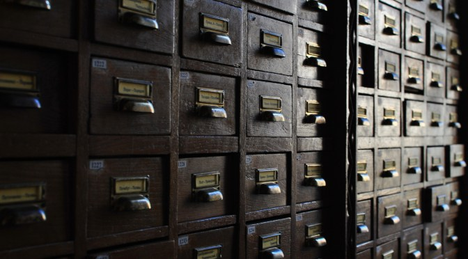 Connaître la politique des éditeurs en matière de dépôt des publications scientifiques : les portails Héloïse et Sherpa/Romeo