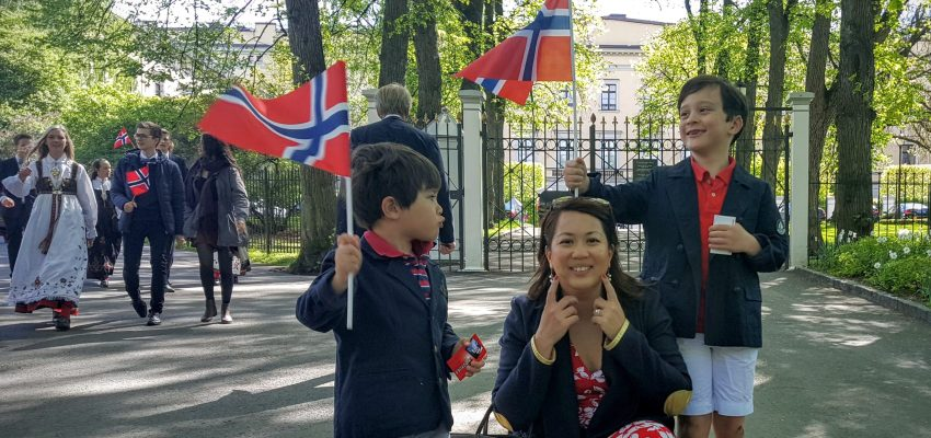 Life of an expat family in Norway: our first 17th May!