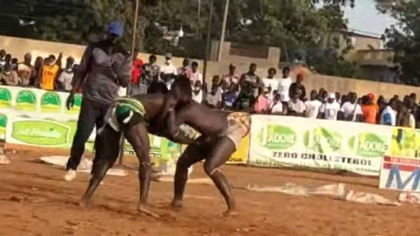 lutte en direct mbour sidy diakh - LUTTE EN DIRECT MBOUR SIDY DIAKHATE DRAPEAU CHEIKH ISSA SALL