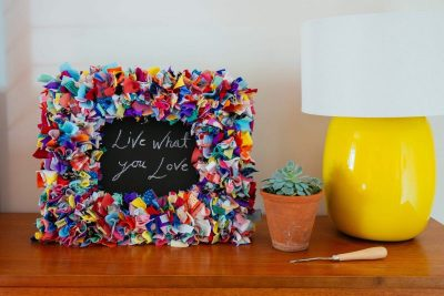 Rag rug photo frame