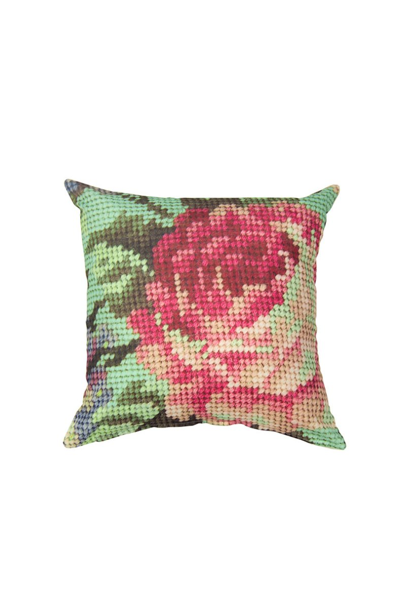 loving mr price home #thingsdeeloves scatter cushions 1