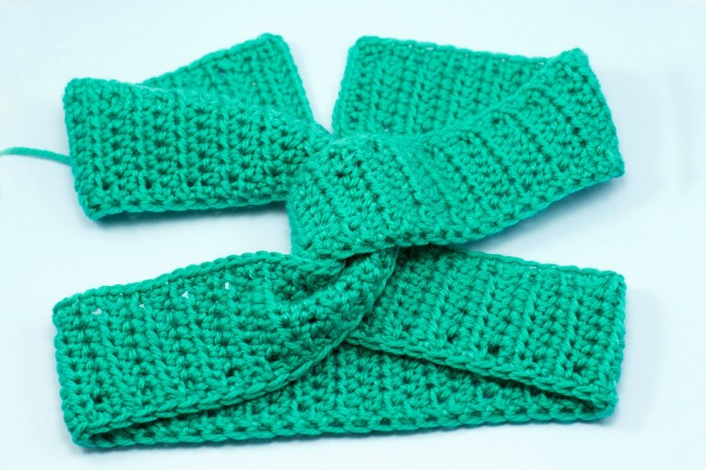 Twisted Turban Headband Crochet Pattern 9