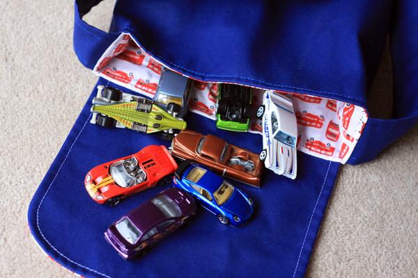 Zaaberry Messenger Bag