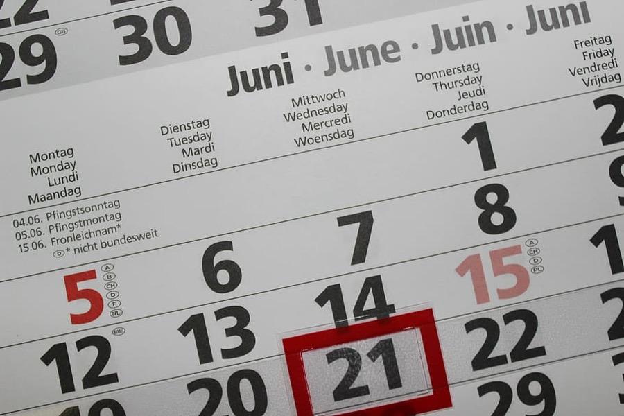 Calendar symbolizing days of confinement