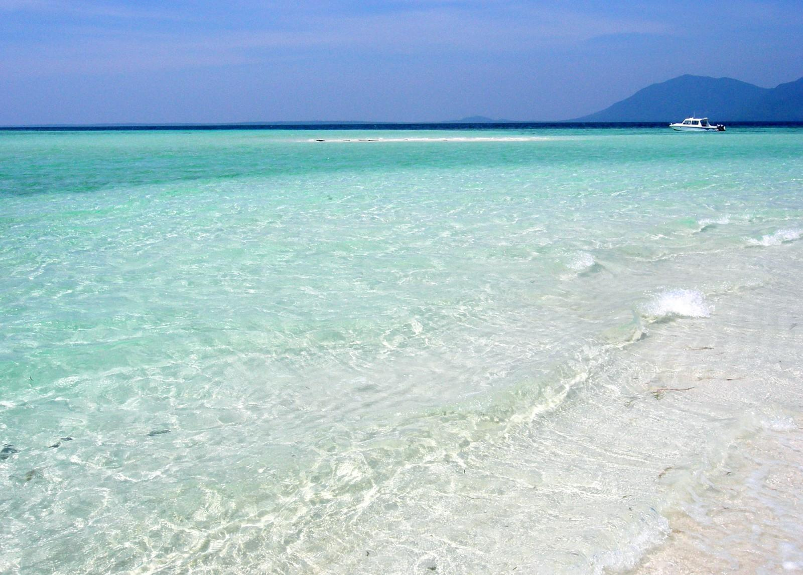 Crystal clear waters at Kura Kura, Indonesia