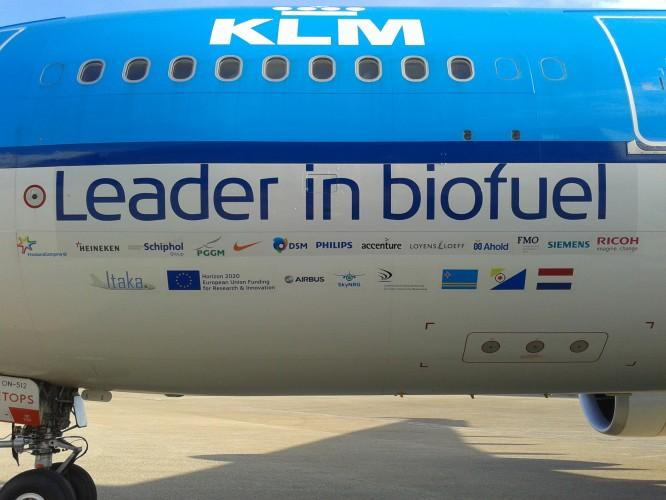 """KLM aircraft with """"leader in biofuel"""" livery"""