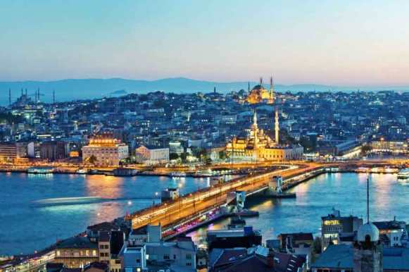 Istanbul in it´s evening glory!