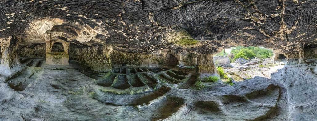 necropoli la salata a vieste civiltà rupestre puglia e basilicata