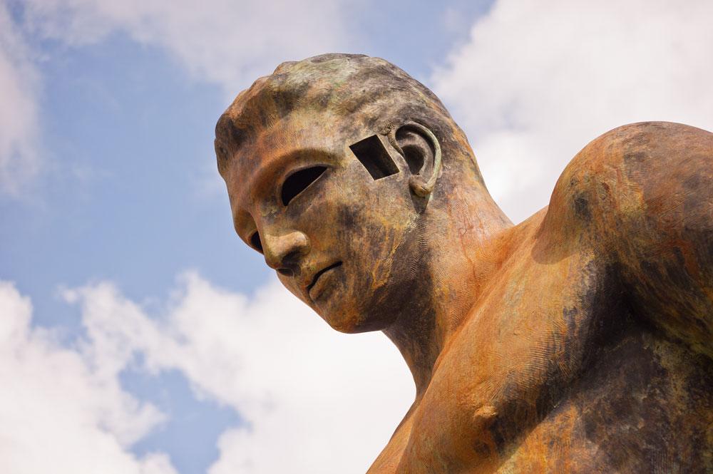 musa pietrasanta statua fonderia mariani