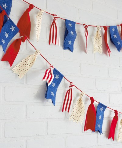 4th of July Ribbon Garland | thinkmakeshareblog.com