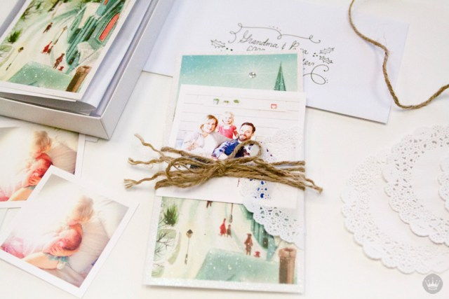 Clever ways to dress up your holiday cards from Hallmark | thinkmakeshareblog.com