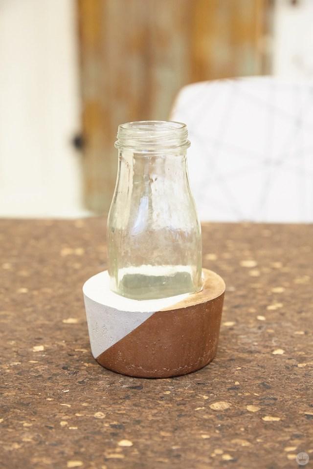 DIY concrete vases