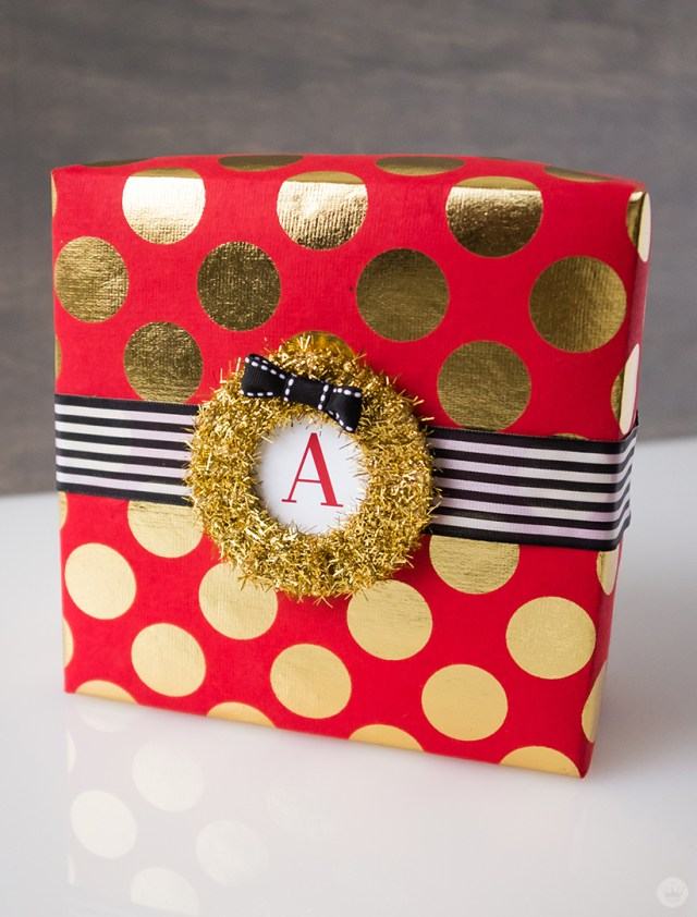 Creative Gift Wrap Ideas | thinkmakeshareblog.com