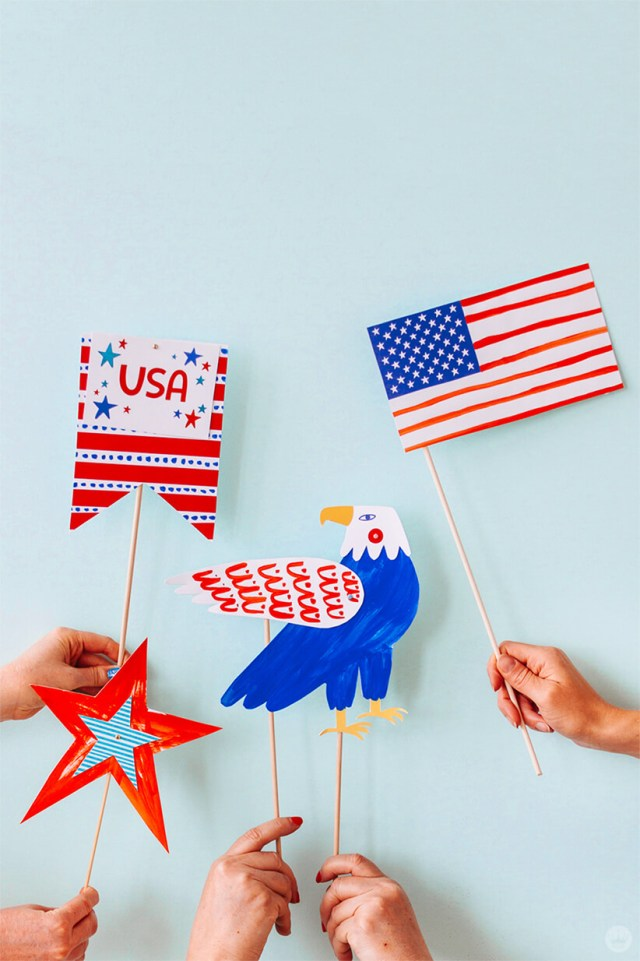 Diy July 4th Photo Props For Parades And Picnics Thinkmakeshare