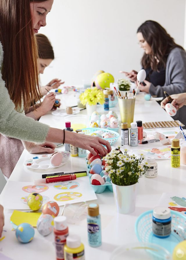 2019 Easter egg decorating ideas: Designers painting eggs