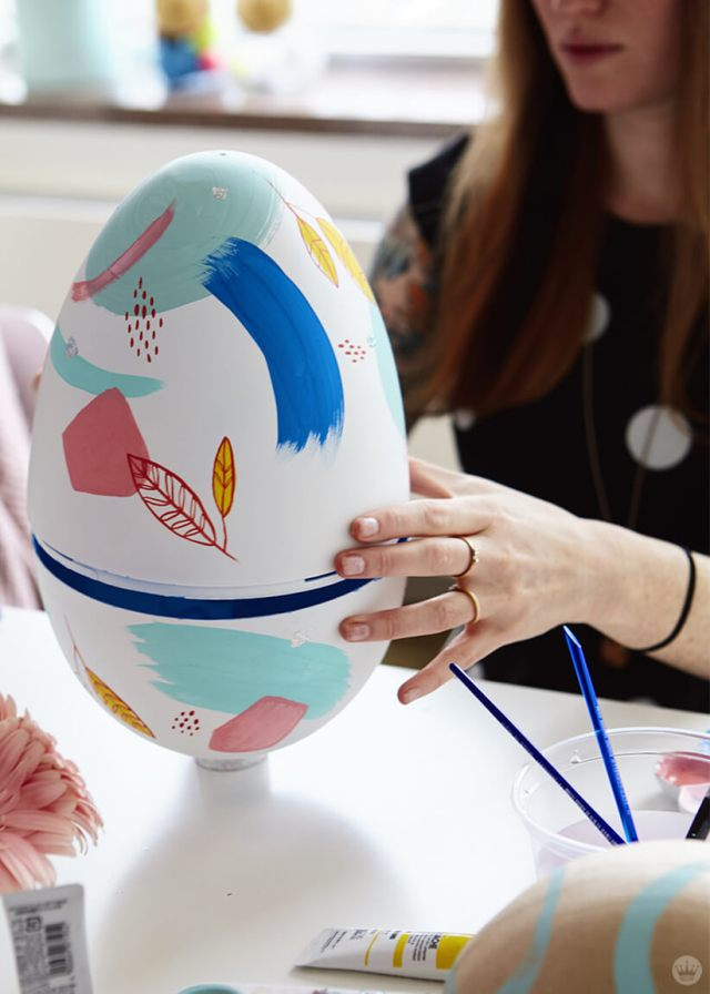 2019 Easter egg decorating ideas: painting a giant plastic egg