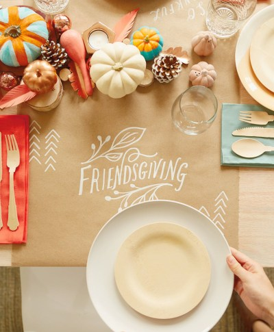 Friendsgiving Ideas | thinkmakeshareblog.com