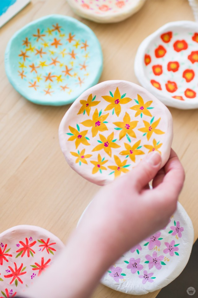 Handmade gift exchange: Hand-painted clay dishes