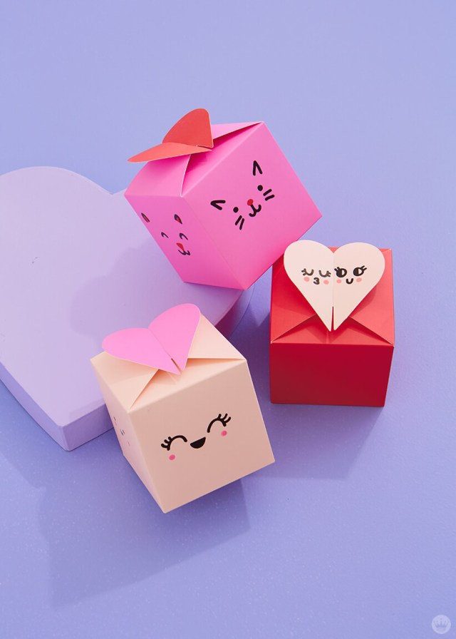 3 Paper wonder gift boxes with cute kawaii faces drawn on them | thinkmakeshareblog.com