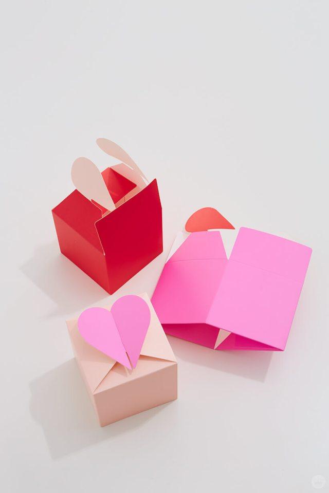 Paper Wonder Valentines Gift Boxes | thinkmakeshareblog.com