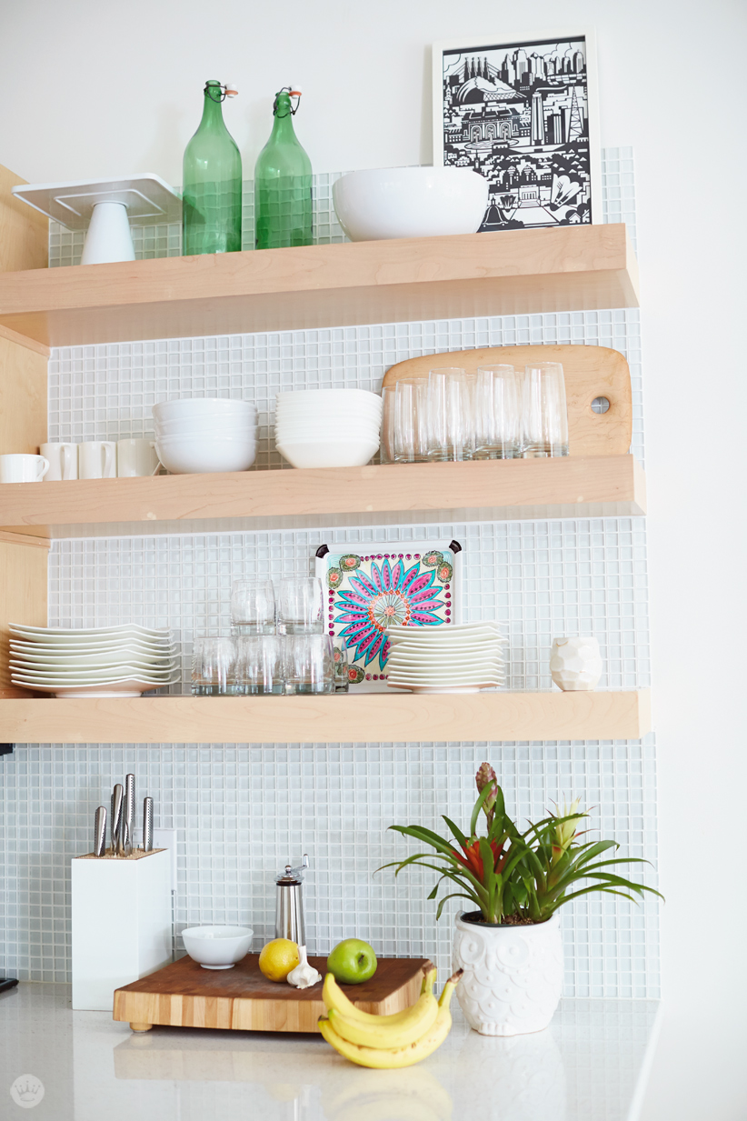 50 Small Space Decorating Tricks: How To Organize A Small Space With Style