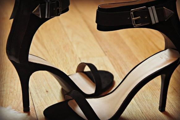 zara sandal with buckle black