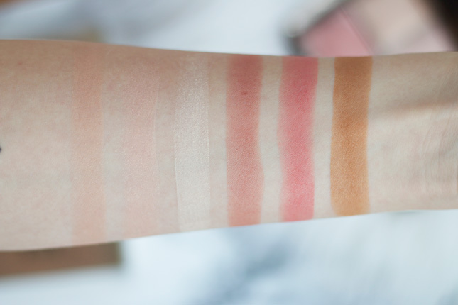 Hourglass Ambient Lighting Edit Palette swatches