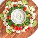 Easy Christmas Wreath Vegetable Tray