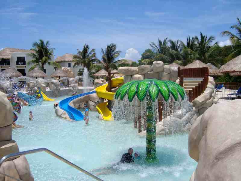 Mexico Resorts with the Best Waterparks for Kids:  Sandos Caracol Eco Resort