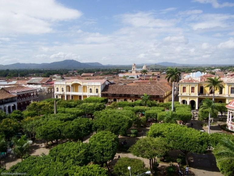 Image of Parque Centrale in Granada Nicaragua.