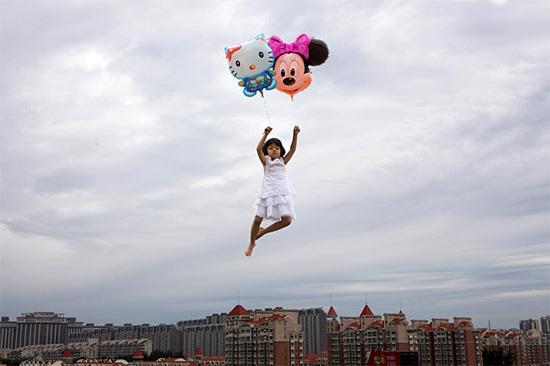 child-baloons