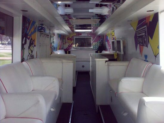 highschoolpartybus