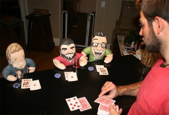 stuffed-buddy-playing-poker