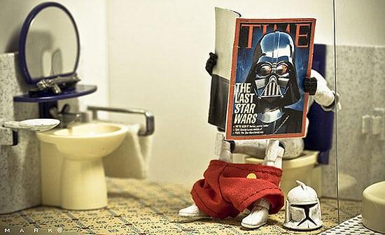 storm-trooper-on-toilet