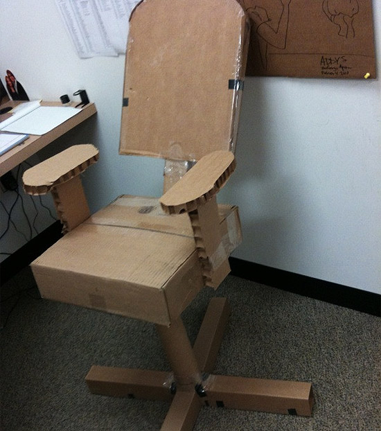 cardboard-office-chair