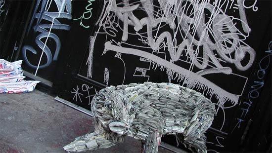 sculpture-newspaper
